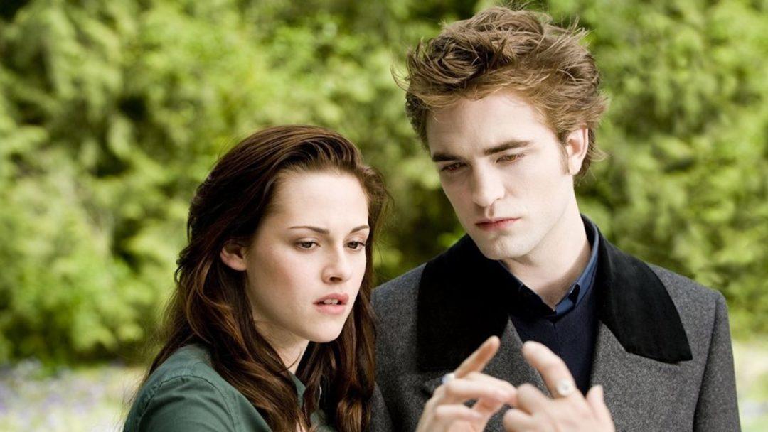 How Twilight Transformed Fandom, Conventions, and Batman