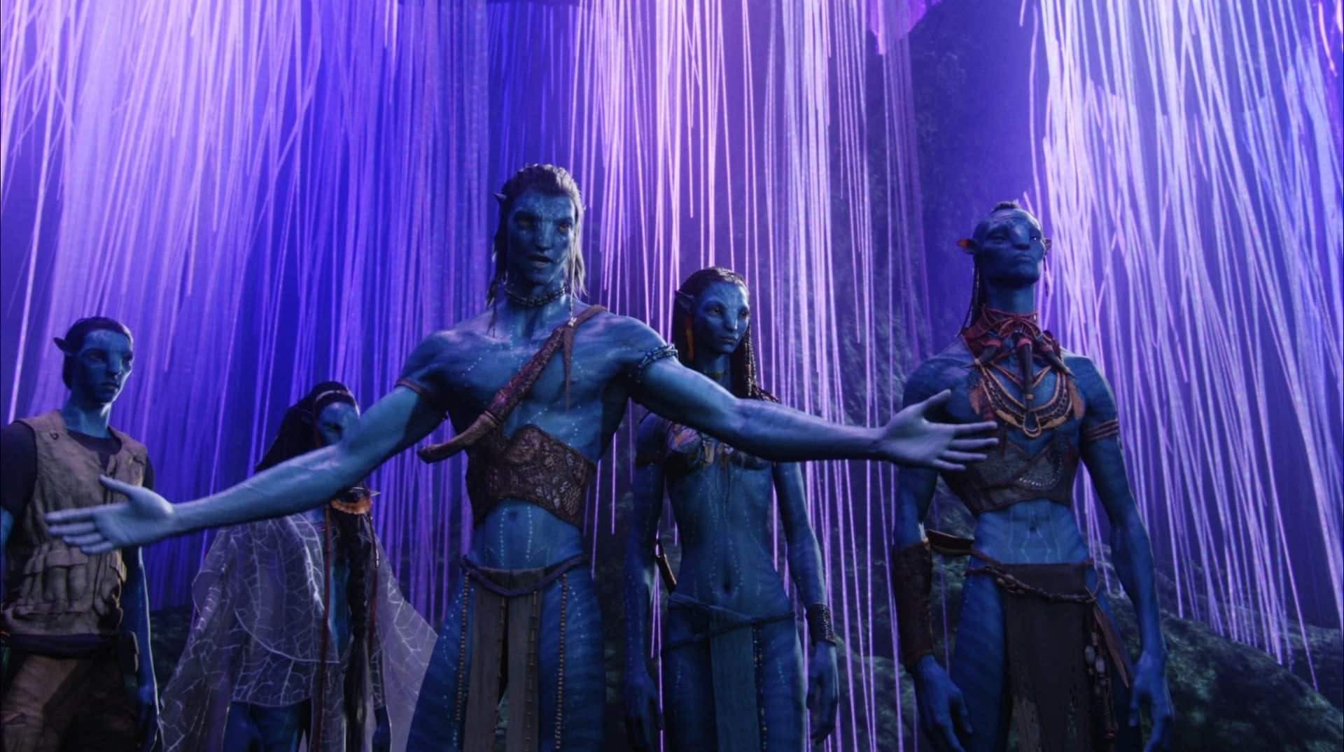Avatar is PG-13 Aliens 1986 James Cameron parallels movie