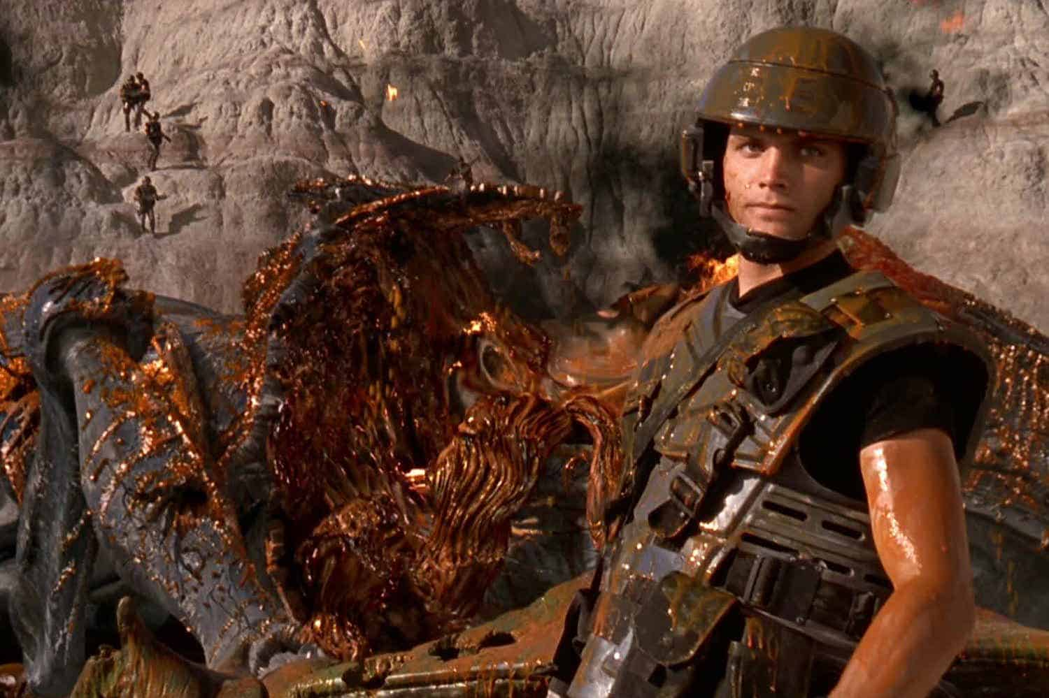 Starship Troopers Paul Verhoeven political satire military right wing