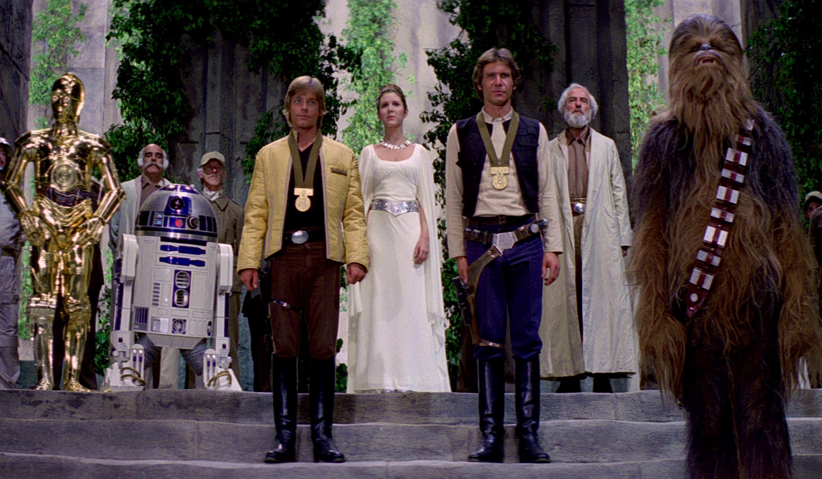 Star Wars: A New Hope medal ceremony Luke Skywalker, Han Solo, Leia Organa, Chewbacca, RD-D2, C-3PO