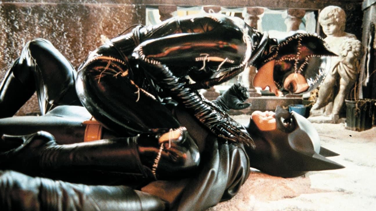 Returns Catwoman Michelle Pfeiffer