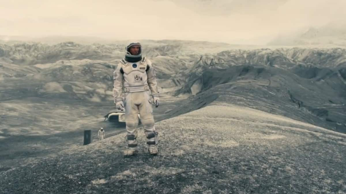 Christopher Nolan Interstellar future saves us, Tenet future condemns us, time mechanism reflects the present