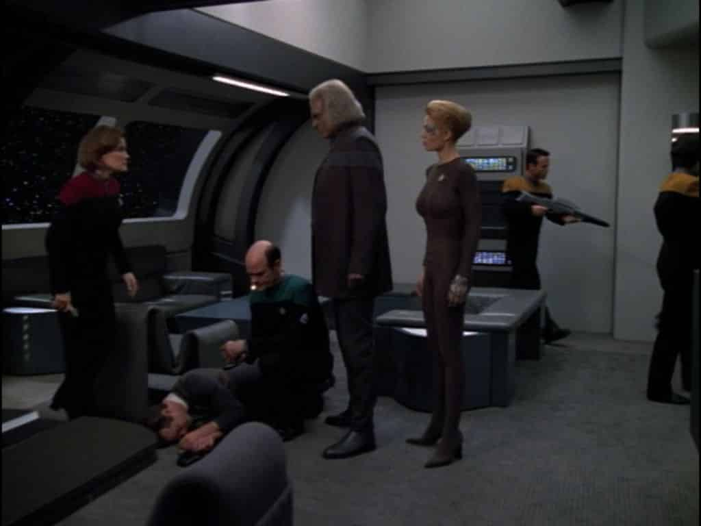 Star Trek: Voyager Living Witness Star Trek: Discovery season 3 stuck in the past in the future reflecting United States self-image across Voyager, Enterprise, etc.