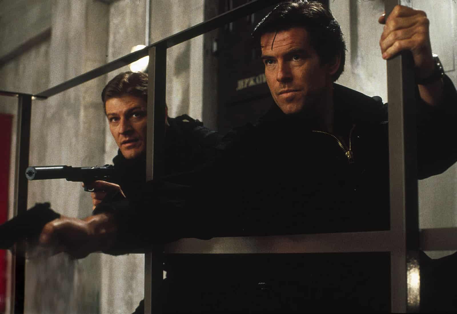 GoldenEye 007 James Bond the same in a changed world post-Cold War, still a sexist chauvinist Alec Trevelyan