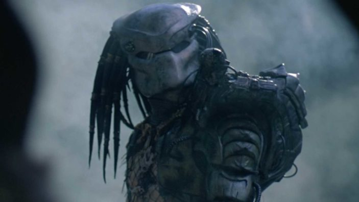 new predator film movie dan trachtenberg director 10 cloverfield lane