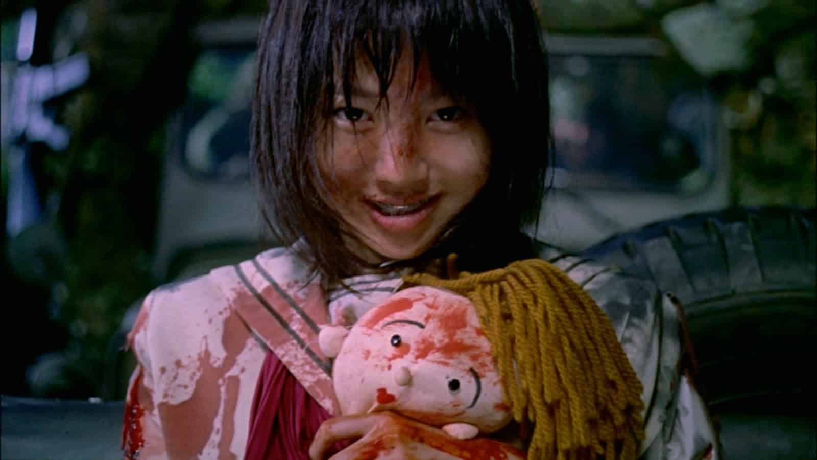 Kinji Fukasaku Battle Royale superior to The Hunger Games, Divergent, Maze Runner with raw, real brutality and betrayed teenagers