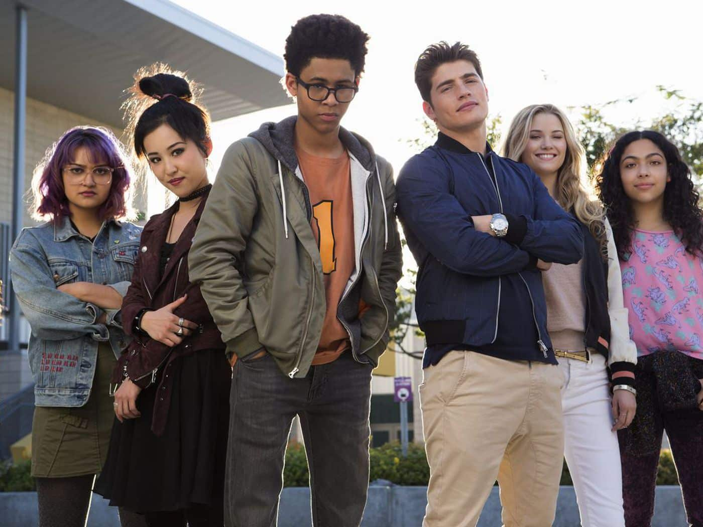 Marvel Comics Runaways publication history excellent storytelling followed by crushing disappointment in cancellation, bad ideas Hulu