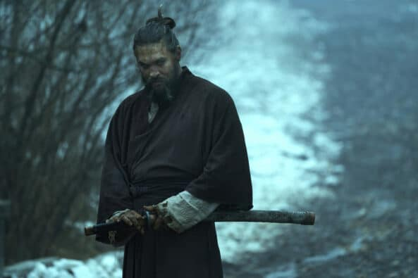 See season 2 episode 1 2 3 review disappointment, feels like a lazy Game of Thrones rip-off Jason Momoa Baba