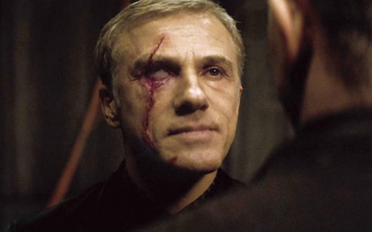 No Time to Die ending in which Daniel Craig James Bond must change or die, and he dies death Blofeld